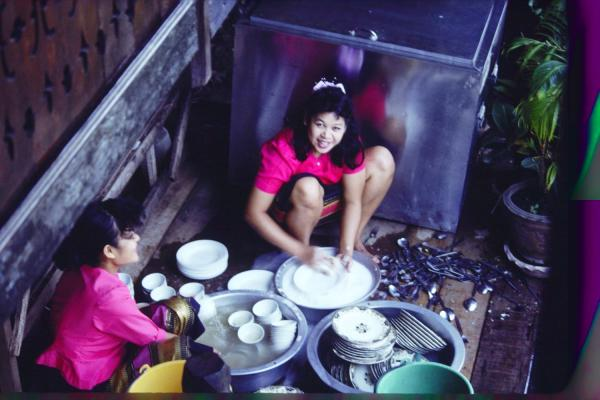 Thai Girls Washing Dishes